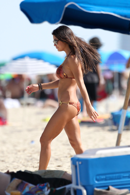 Девушки на пляже майами бич фото