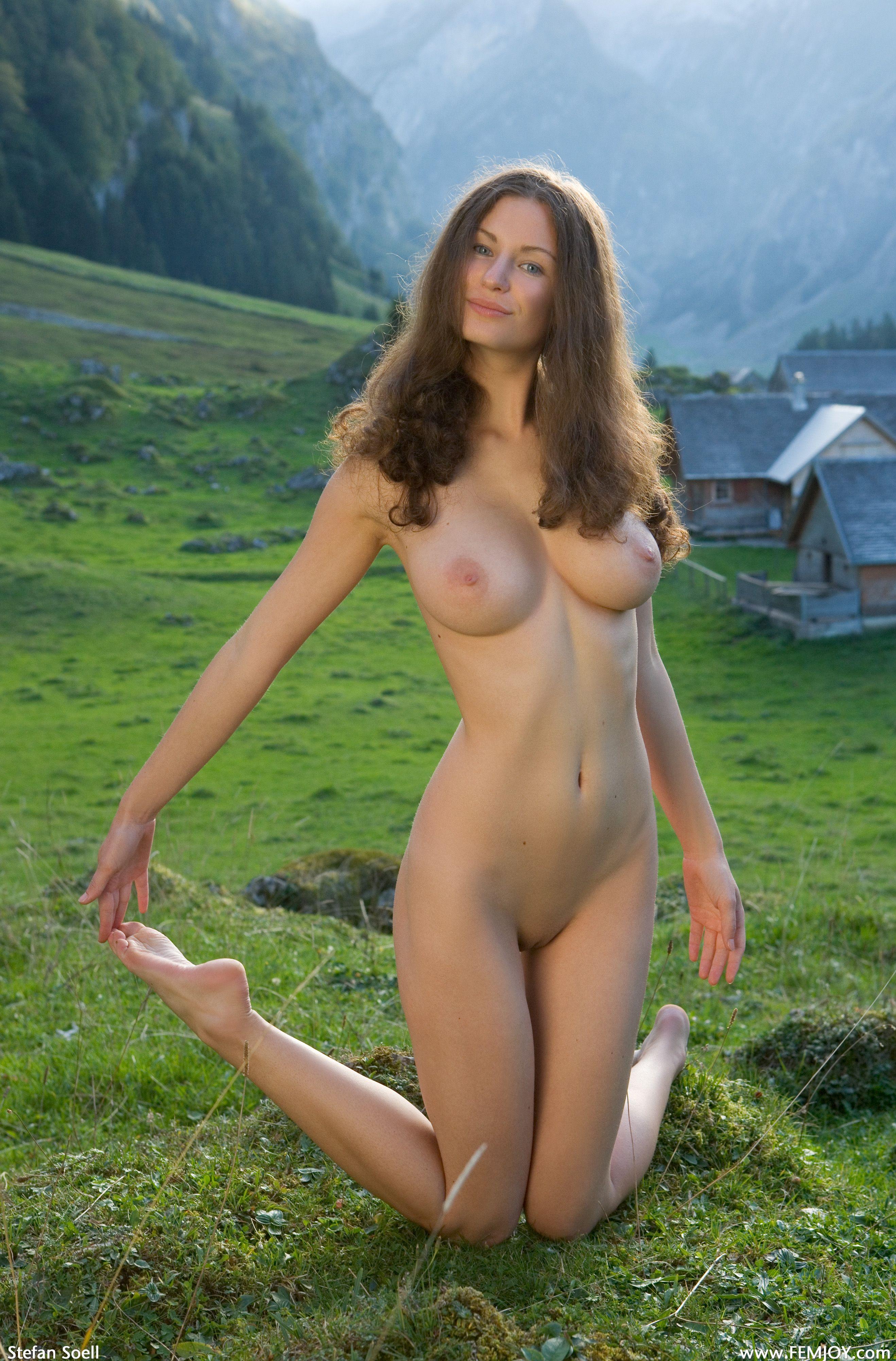Эротика в старину голые красавицы на природе 20 фотография