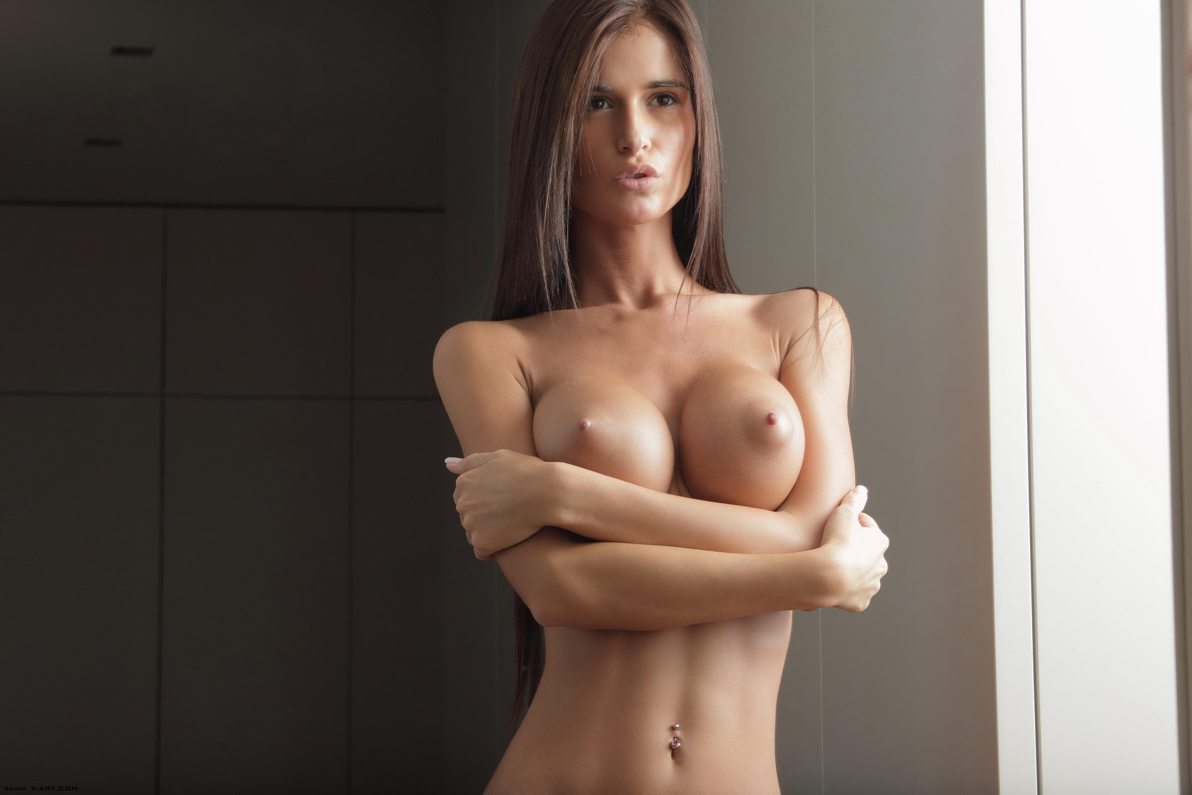 Голые киски моделей