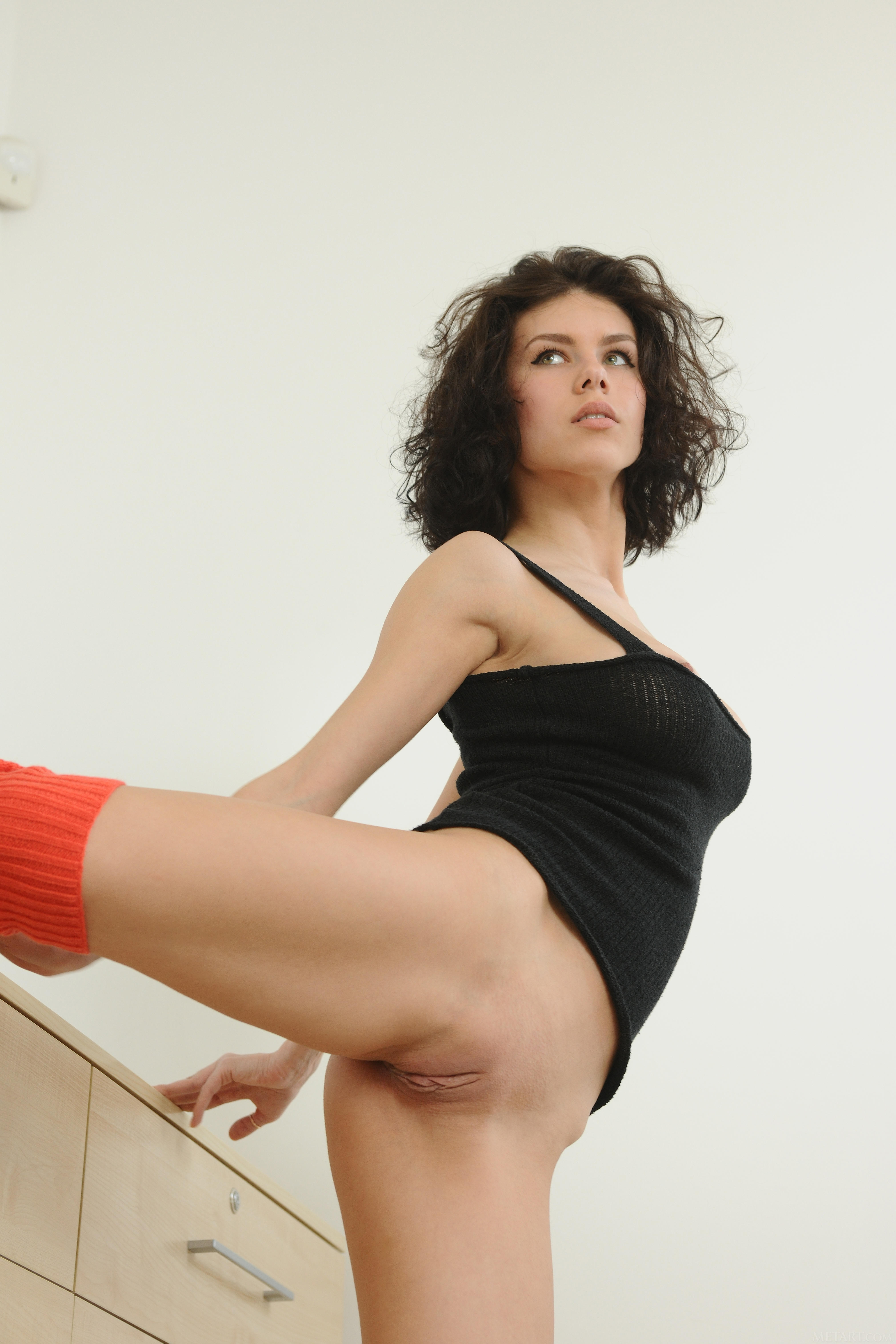 naked girl leg warmers pictures