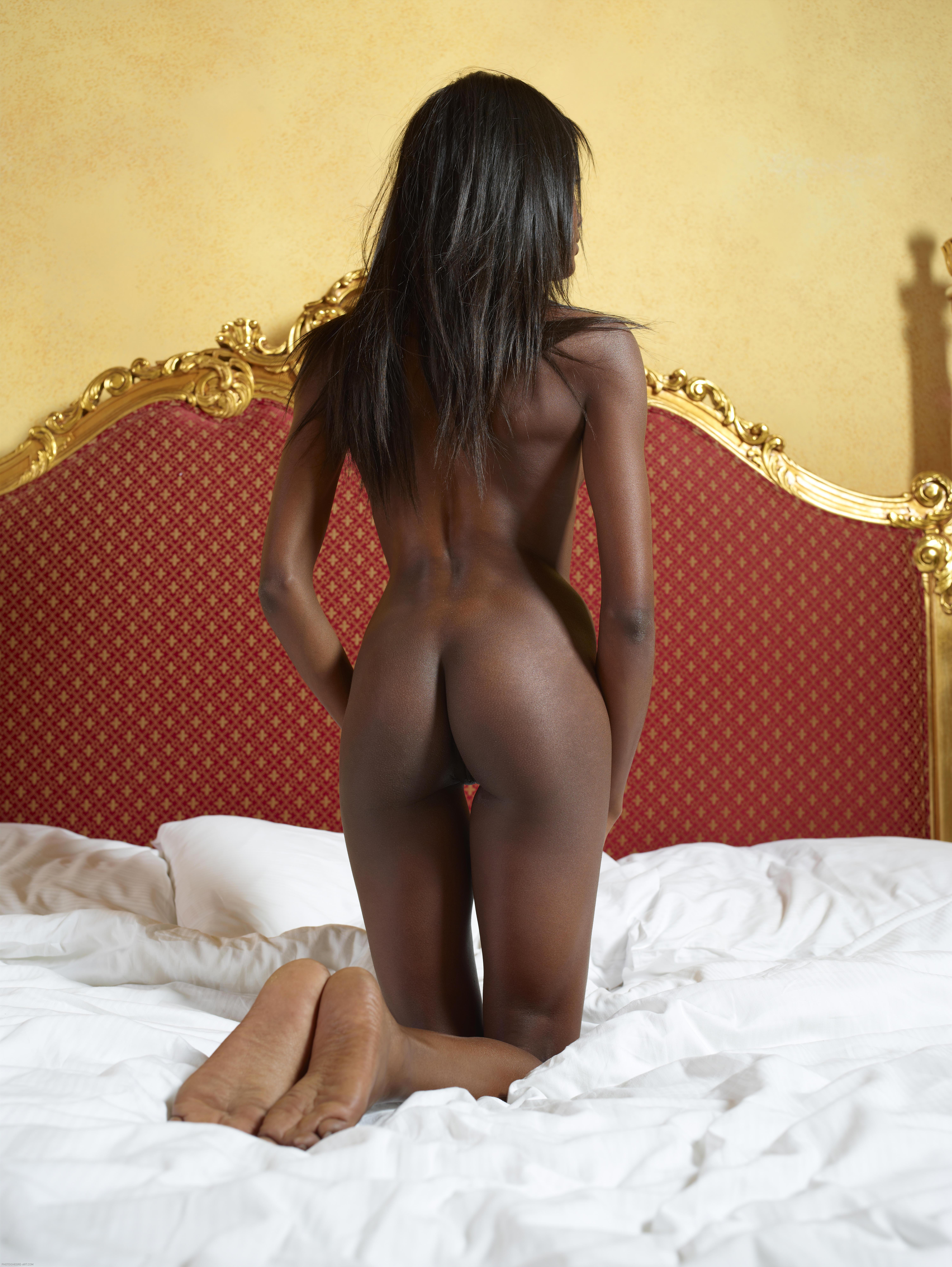 black girls twerking hot nude