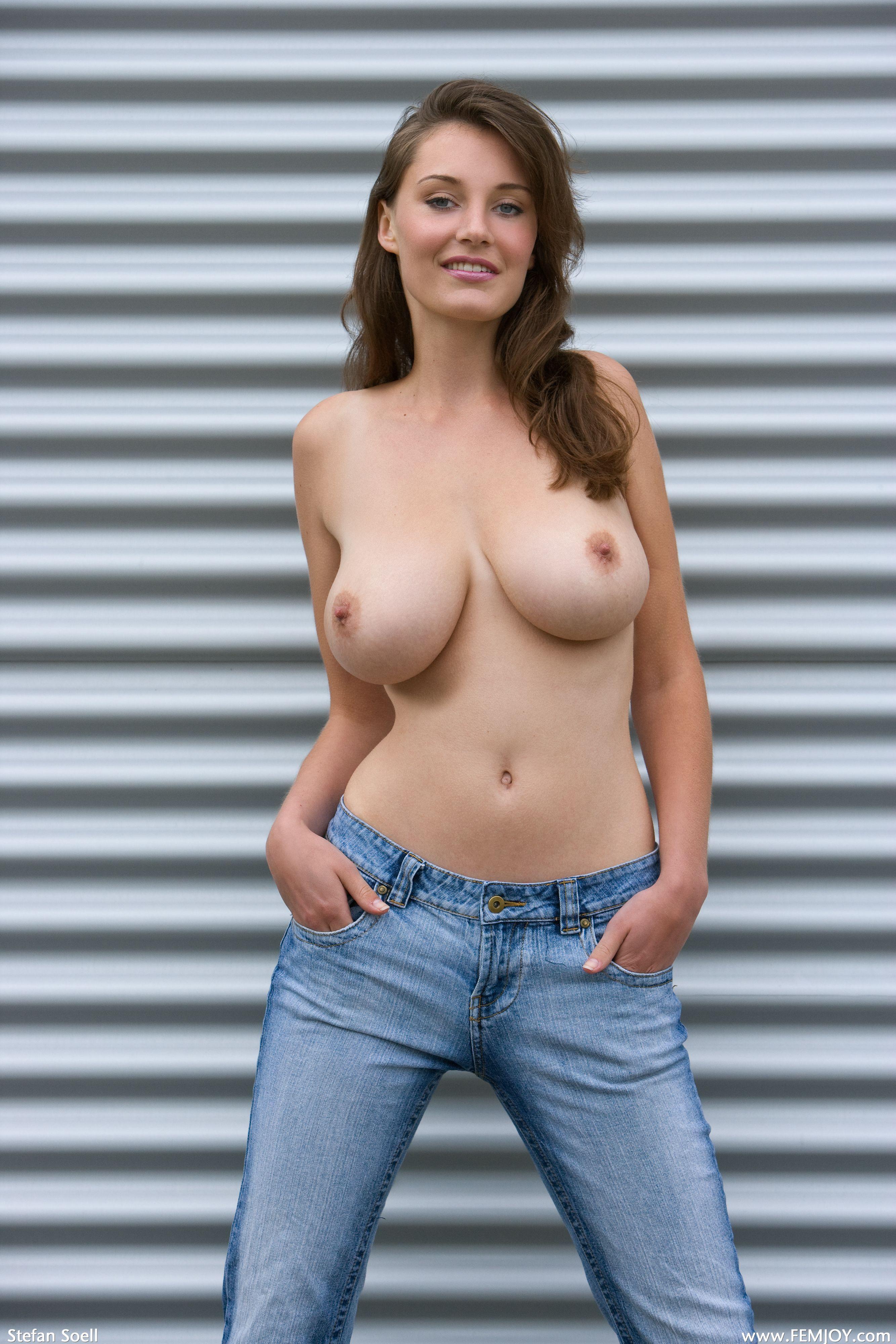 Фото настоящая большая грудь
