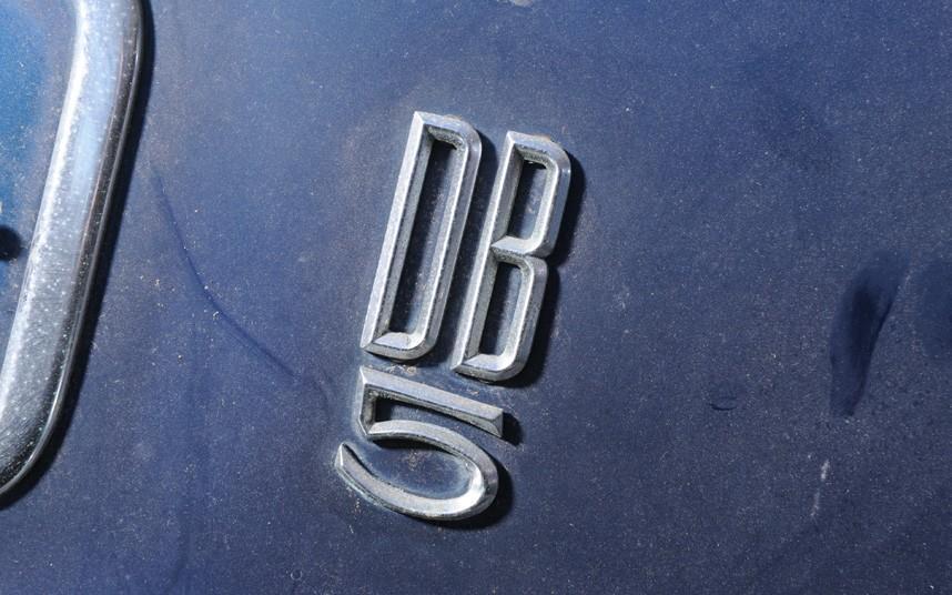 Aston Martin DB 5 Barn Find 010