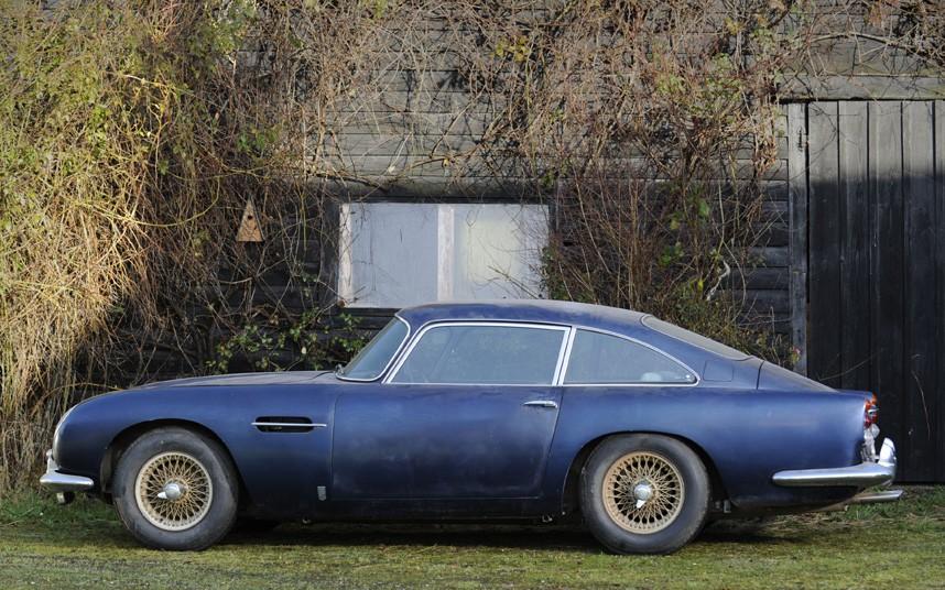 Aston Martin DB 5 Barn Find 003