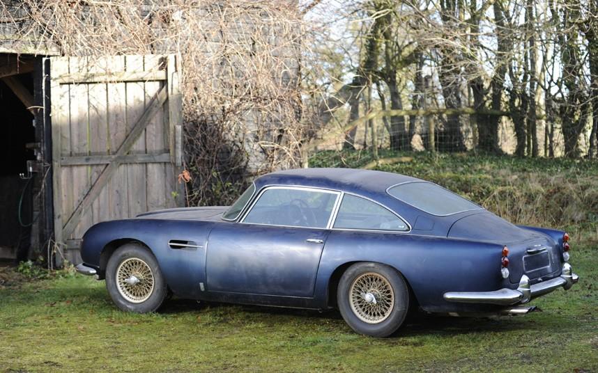 Aston Martin DB 5 Barn Find 004