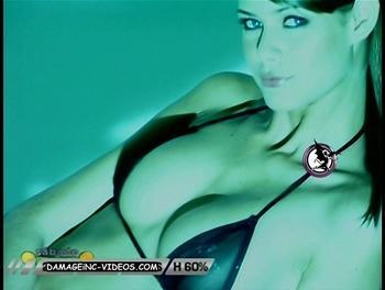 Flavia Oliveira sse trough bra